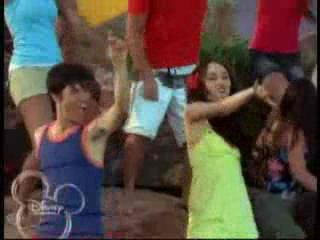 מיילי בHigh School Musical 2