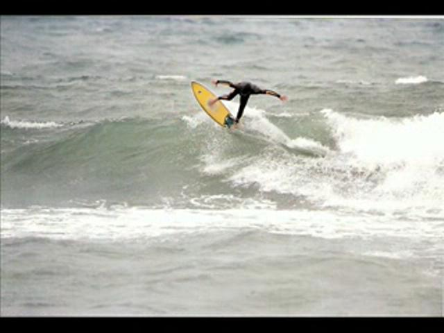 oz albilya surfing