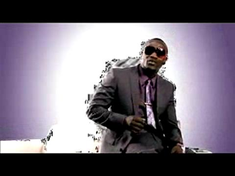 Akon - Beautiful הקליפ המלא!
