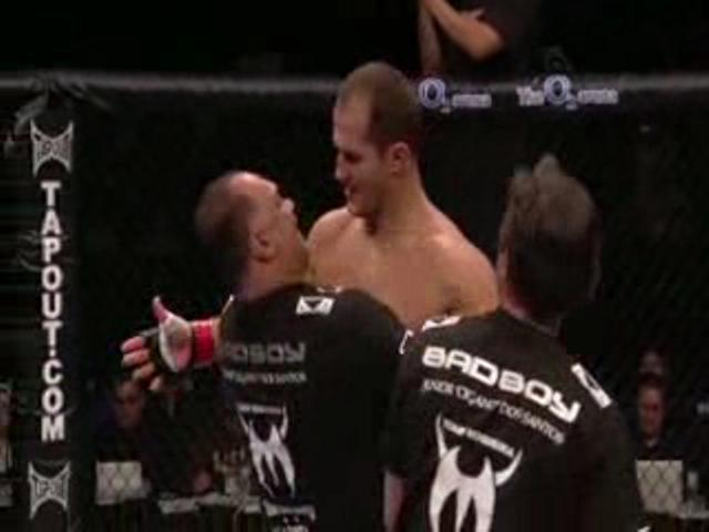 Junior dos Santos vs.  Stefan
