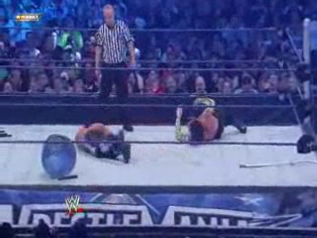 MATT HARDY VS JEFF HARDY