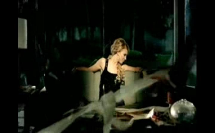Taylor swift-Picture to burn