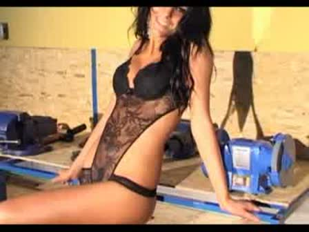 קובץ End Of Time, sexy model? - YouTube.flv
